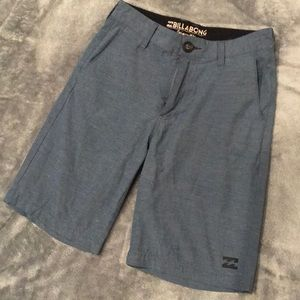 Boys Billabong Submergibles size 25 shorts